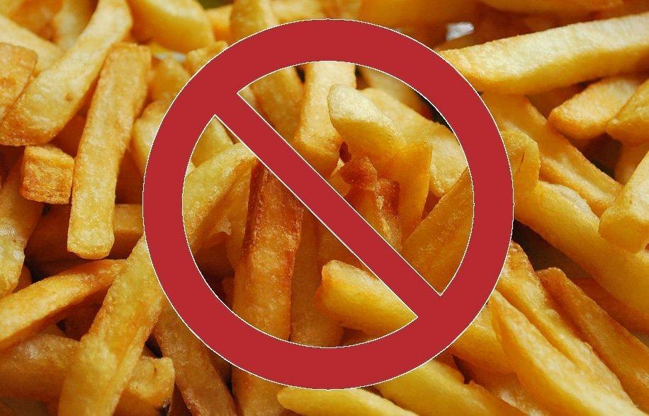 Puzza di fritto è reato in condominio: cosa dice la legge?