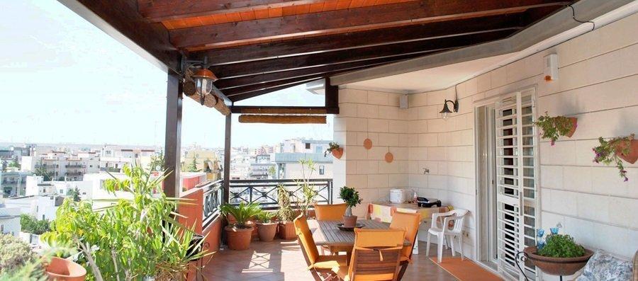 Tettoie su terrazzo di proprietà o sul balcone, cosa c\'è da sapere ...