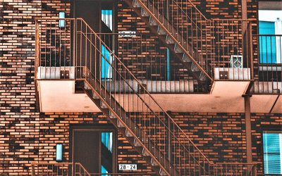 Vano sottoscala condominiale: bene comune o proprietà personale?